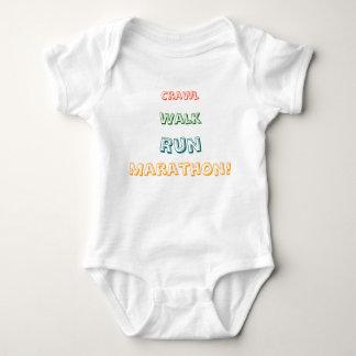 ¡Arrastre, paseo, funcionamiento, maratón! Mameluco De Bebé