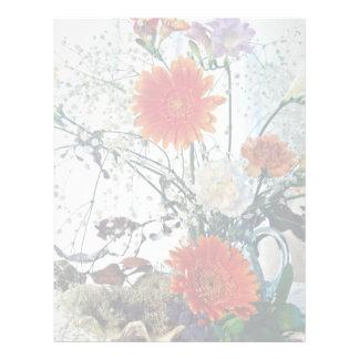Arreglo floral en las flores de cristal del florer membrete personalizado