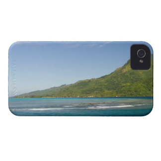 Arriving by ferry to Moorea French Polynesia Blackberry Bold Cover