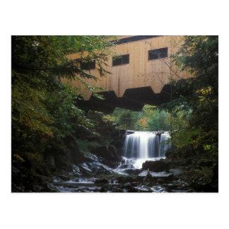 Arroyo del molino del puente cubierto de Bissell Tarjetas Postales