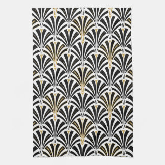 Art Deco fan pattern - black and white Towels
