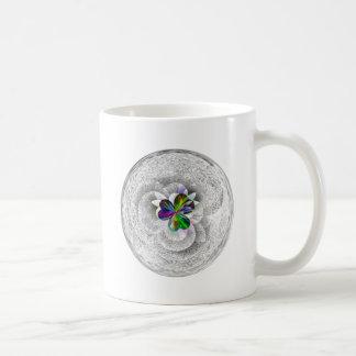 Art Design 3 leaf heart Coffee Mug