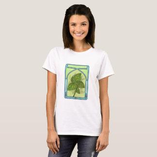 Art nouveau. Basil. T-Shirt