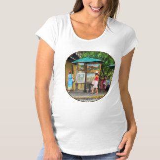 Art Show in San Juan Maternity T-Shirt