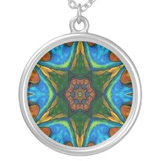 ArtByRae - estrella verde del collar de plata de