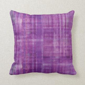 Arte abstracto púrpura del modelo de las rayas cojín