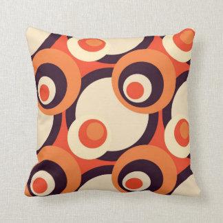Arte abstracto retro de los años 50 del naranja y  cojin