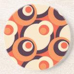 Arte abstracto retro de los años 50 del naranja y  posavaso para bebida