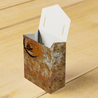 Arte aherrumbrado caja para regalos