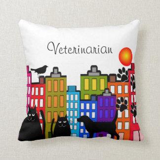 Arte animal caprichoso de la almohada veterinaria