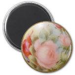 Arte antiguo del botón de la porcelana, rosas imán de frigorifico