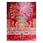 Arte azteca en diseño rojo postal
