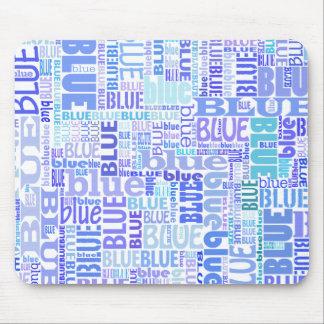 Arte azul de la palabra de los amantes en azules alfombrillas de ratón
