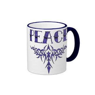 Arte azul de la paz del tatuaje taza de café