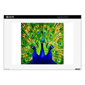 Arte azul de los pavos reales de las mariposas skins para portátil