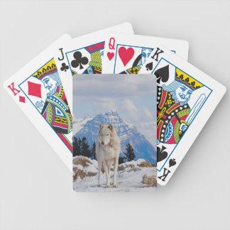 Arte blanco del lobo gris y de la fauna de las mon cartas de juego