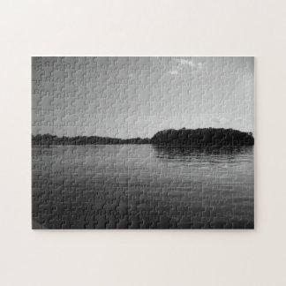Arte blanco del rompecabezas del negro del paisaje