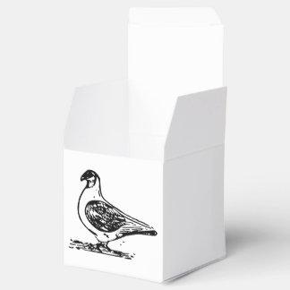 Arte blanco y negro de la paloma caja para regalos