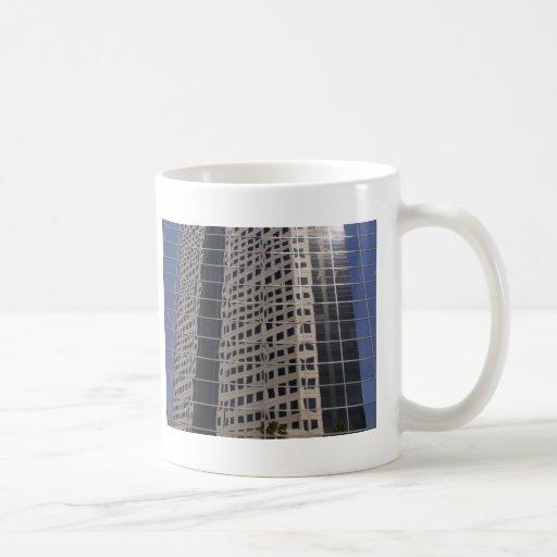 Arte brillante de la ventana del rascacielos del n tazas