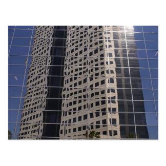 Arte brillante de la ventana del rascacielos del postales