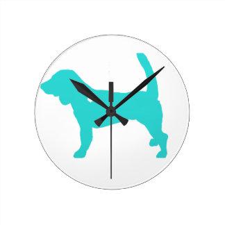 arte colorido del perro del estallido de la reloj redondo mediano