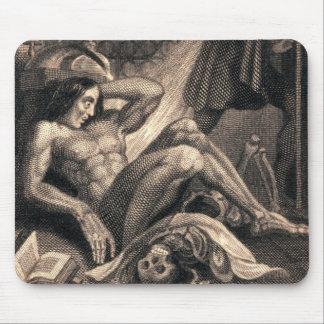 Arte de Frankenstein del vintage Alfombrillas De Raton