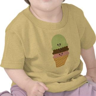 Arte de Kawaii del cono de helado Camisetas
