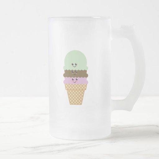 Arte de Kawaii del cono de helado Taza