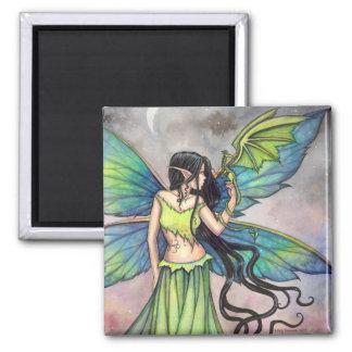 Arte de la fantasía del dragón verde y de la hada imán cuadrado