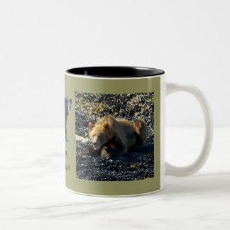 Arte de la fauna del oso grizzly tazas
