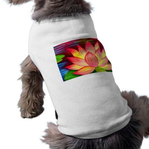 Arte de la flor del lirio de agua de Lotus del chi Playera Sin Mangas Para Perro