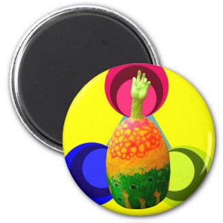 arte de la mano del huevo imán redondo 5 cm