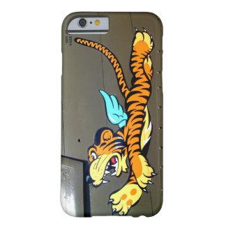 Arte de la nariz del tigre del vuelo (fuselaje del funda de iPhone 6 barely there