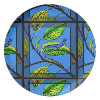 Arte de la naturaleza con Caterpillar en la placa Platos Para Fiestas