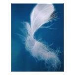 Arte de la pluma blanca - símbolo de la pureza y tarjeton