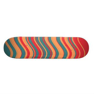 Arte decorativo 2 de las rayas coloridas retras skateboards