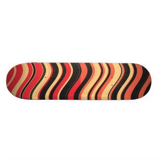 Arte decorativo 3 de las rayas coloridas retras monopatin personalizado