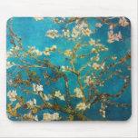 Arte del árbol de almendra de Vincent van Gogh Alfombrillas De Ratón