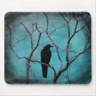 Arte del cuervo de la aguamarina mouse pad