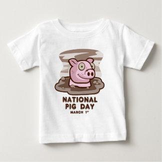 arte del día del cerdo del zazzle playera