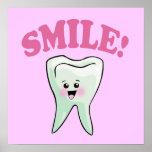 Arte del diente de Kawaii de la sonrisa Posters