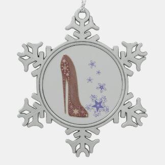 Arte del estilete del navidad con el ornamento de adorno de peltre en forma de copo de nieve