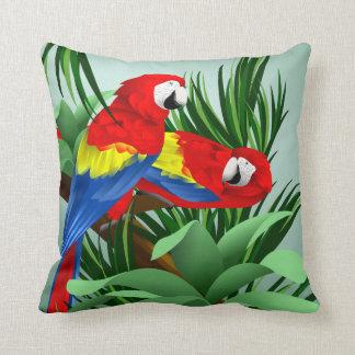Arte del Macaw del escarlata Almohadas