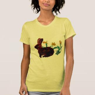 Arte del narciso del conejo de la primavera camisetas