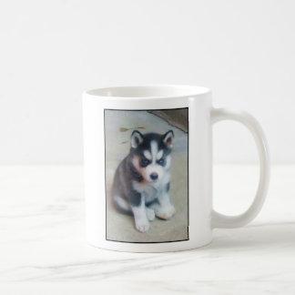 Arte del perrito del husky siberiano taza básica blanca