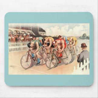 Arte del poster de la raza de bicicleta del vintag tapete de ratón