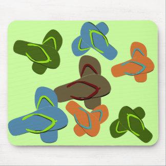 Arte del vector de los flips-flopes tapetes de ratón