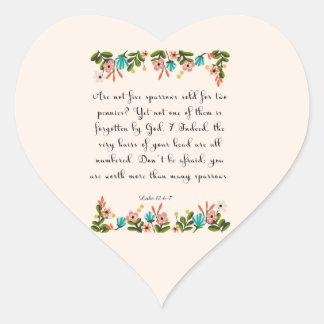 Arte del verso de la biblia - 12:6 de Lucas - 7 Pegatina En Forma De Corazón