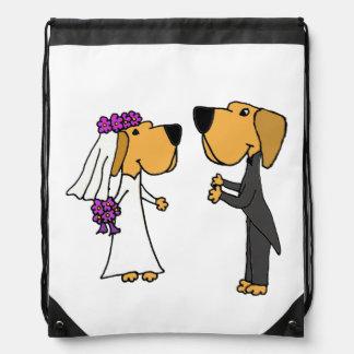Arte divertido del labrador retriever de novia y mochila