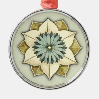 Arte estilizado del pétalo de la flor del rosetón adorno redondo plateado